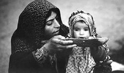 Las raíces estructurales del hambre, las crisis alimentarias y los desórdenes